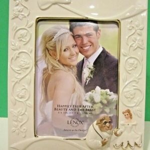 Lenox Happily ever after Beauty & the beast frame